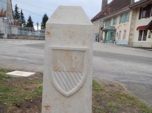 Borne Franco-Suisse, face arrière, blason du canton de Vaud